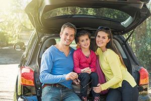 Parkplatz mit Familie